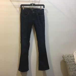Lucky Brand womans Charlie Baby boot jeans size 24
